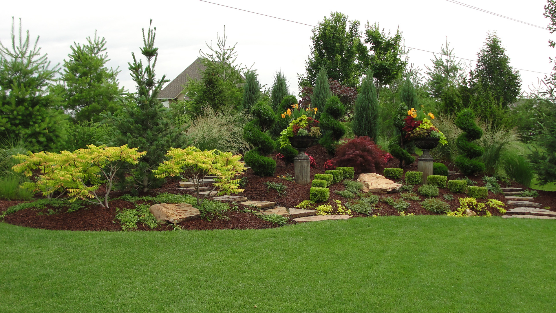 Kansas city landscape design professionals rosehill for Outdoor pictures for gardens