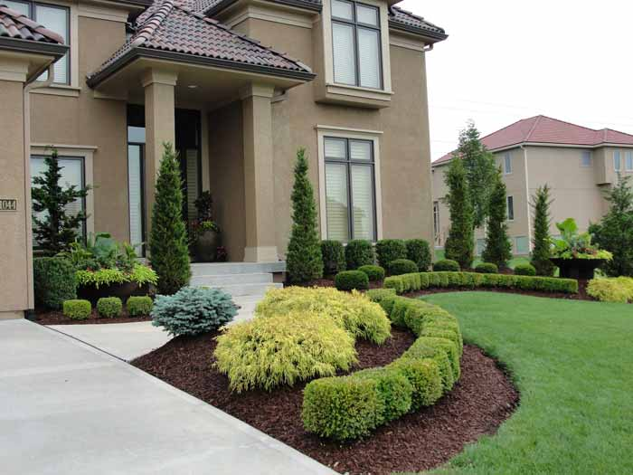 Professional landscape design for homes and businesses in for Simple landscape design for front of house