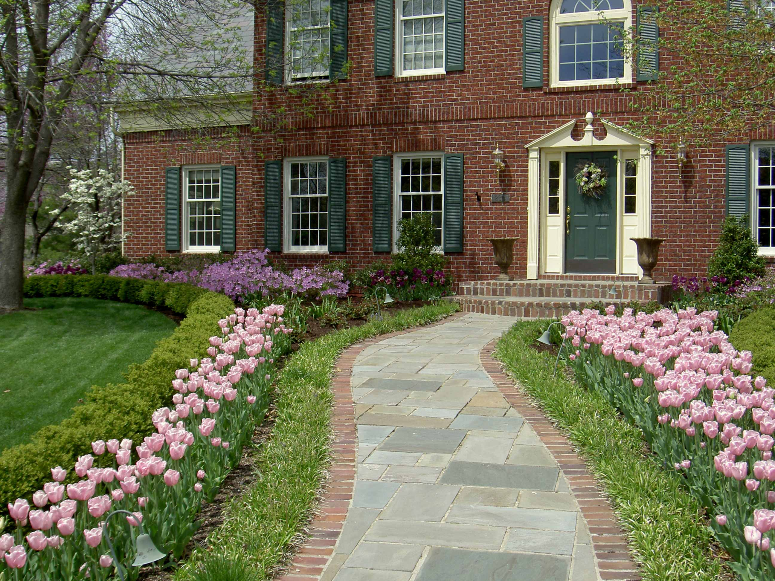 walkway designs for homes. To learn more about walkway designs or patio by Rosehill Gardens of  Kansas City call 816 941 4777 Breathtaking Walkway Patio Designs